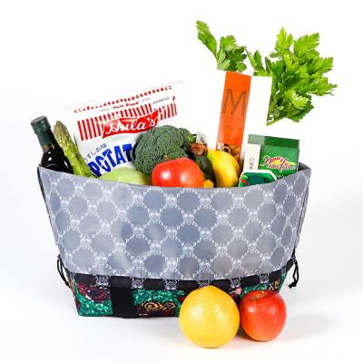 幅広い用途でご利用可能な「ショッピングバッグ」!